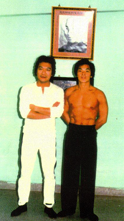 Victor Kan con William Cheung en Hong Kong (1971)